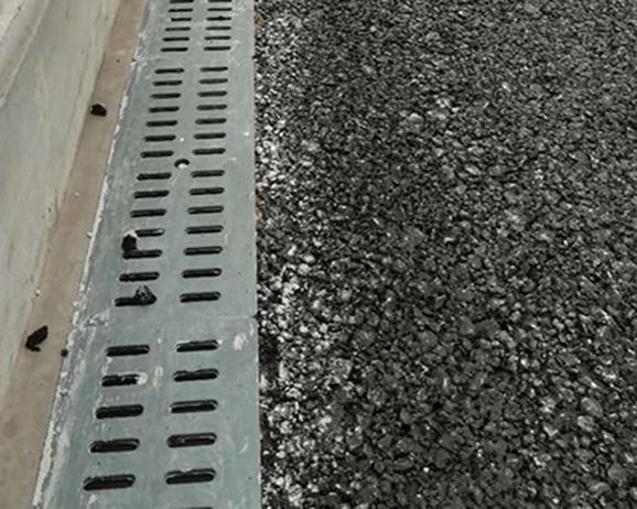 公路桥梁排水沟案例